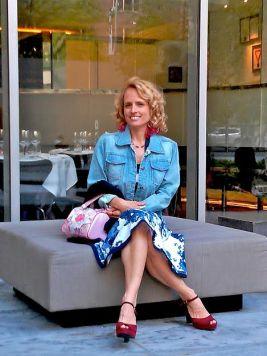 Lauren Author Photo
